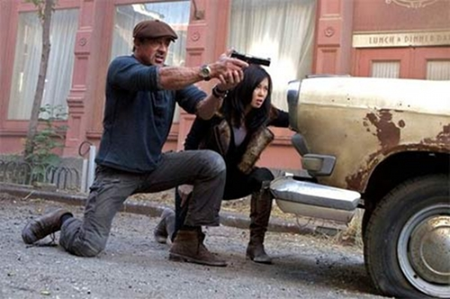 Yu Nan et Sylvester Stallone dans The Expendables 2