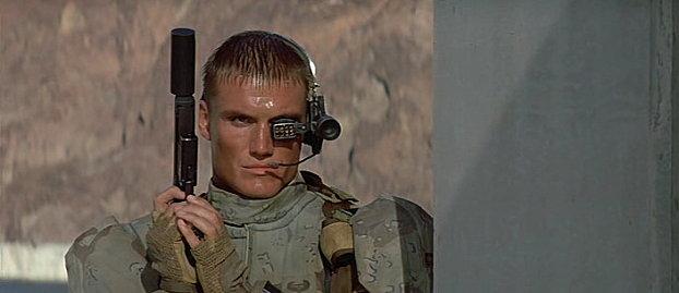 Dolph Lundgren dans Universal Soldier de Roland Emmerich