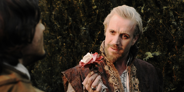 Rhys Ifans, Anonymous