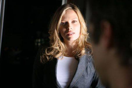Vinessa Shaw dans le remake des Reévoltés de l'An 2000
