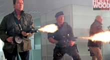 Sylvester Stallone, Arnold Schwarzenegger et Bruce Willis dans The Expendables 2