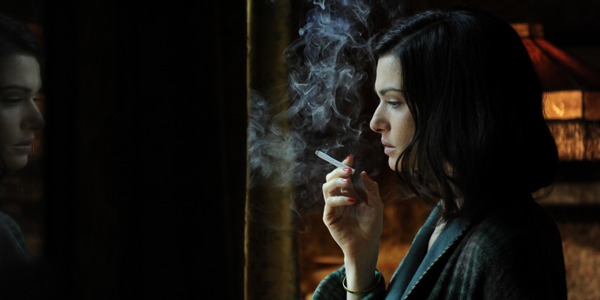 Rachel Weisz dans The Deep Blue Sea de Terence Davies