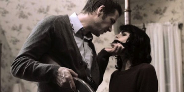 James d'Arcy et Selma Blair dans In Thier Skin