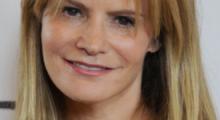 Jennifer-Jason-Leigh
