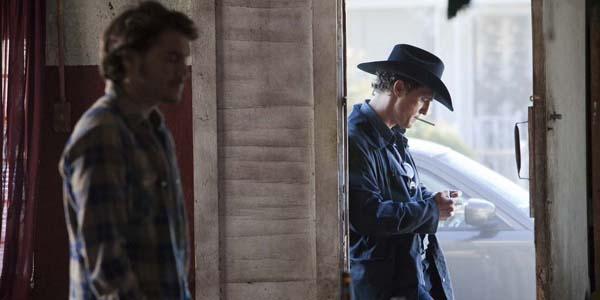 Emile Hirsch et Matthew McConaughey dans Killer Joe de William Friedkin