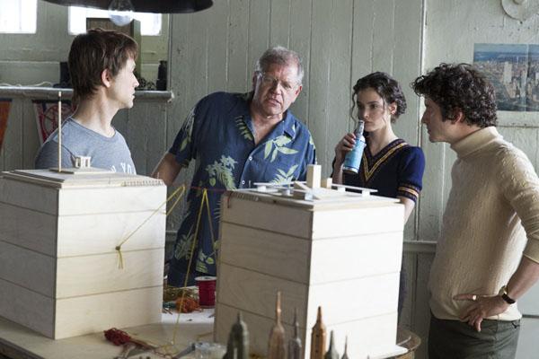 Joseph Gordon-Levitt, Director Robert Zemeckis with Charlotte Le Bon and ClŽment Sibony on the set of TriStar Pictures' THE WALK.